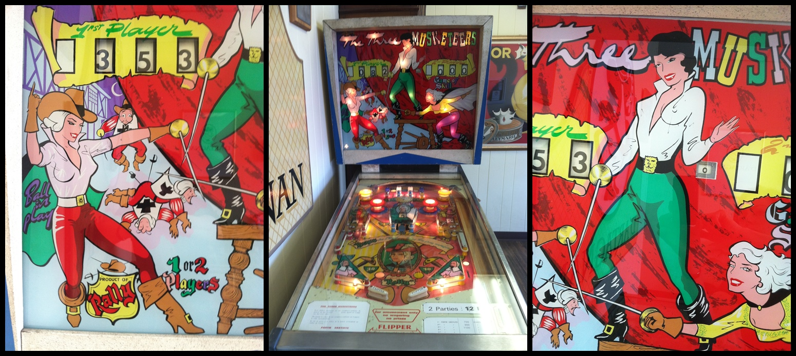 Pinball Machine 3 Pics