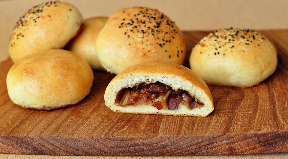 venison-bacon-buns-recipe