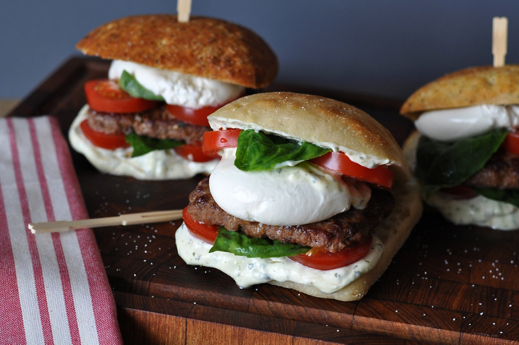 Caprese burger sliders with wagyu beef, veal and burrata