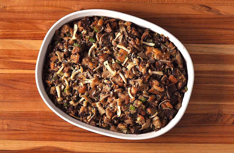 thanksgiving-mushroom-dressing-recipe.jpg